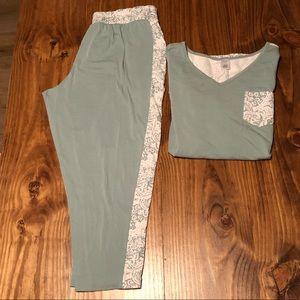Liz Claiborne Capri Pajamas